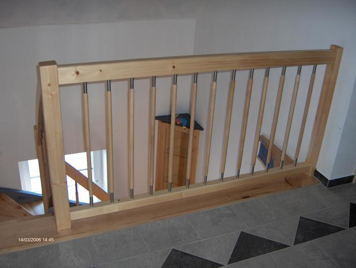Holztreppengeländer erster stock