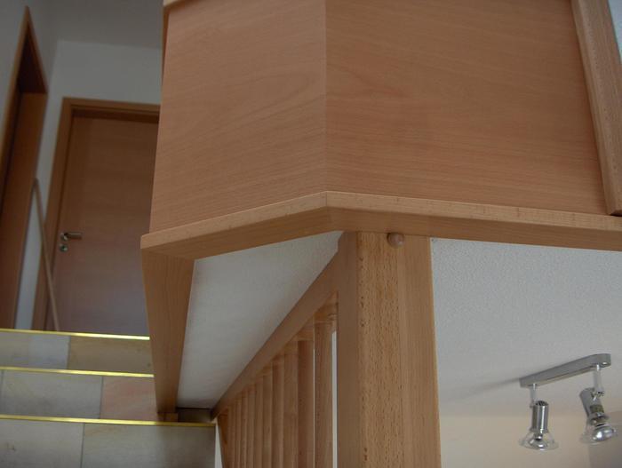Holztreppenumrandung