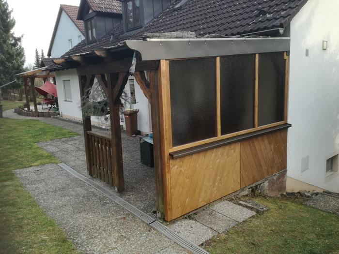 Terrassenüberdachung seitlich